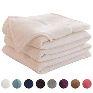 "LIANLAM King Size Fleece Blanket Lightweight Super Soft and All Season Warm Fuzzy Plush Cozy Luxury Bed Blankets Microfiber (White, 104""x90"")"