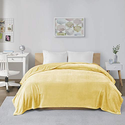 Intelligent Design Microlight Lightweight Plush Luxury, Oversized Throw-Blanket, Premium All Season Cover for Bed, Couch, Full/Queen, Yellow