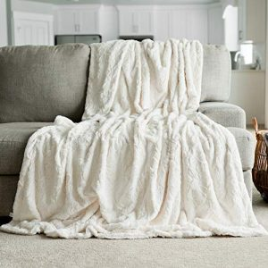 "GRACED SOFT LUXURIES Softest Warm Elegant Cozy Faux Fur Home Throw Blanket (Solid Ivory, Extra Large 60"" x 80"")"
