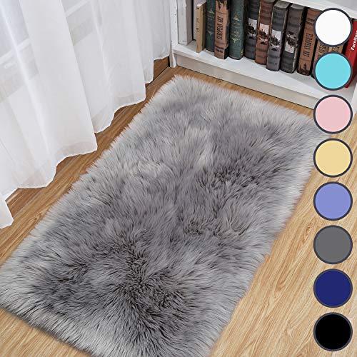 junovo Luxury Fluffy Area Rugs Furry Rug for Bedroom Faux Fur Sheepskin Nursery Rugs Fur Carpet for Kids Room Living Room Home Decor Floor Mat, 2ft x 4ft Grey