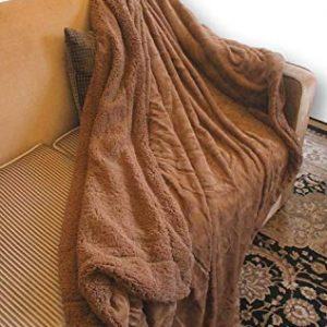 DaDa Faux Fur Throw Blanket – Deep Brown Soft Pile Backed by Sherpa Fleece – The Humane Way to Bring The Beauty of Fur into Your Room – No Animals Used – 63x87 inch Twin Bed