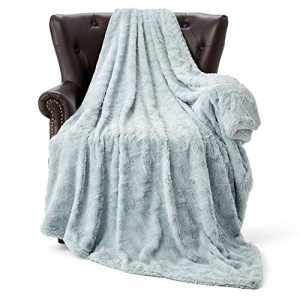 "HT&PJ Luxury Faux Fur Throw Blanket Reversible Plush Sherpa Fleece Cozy Throw for Living Room Decor Sofa Chair Couch Blanket (GD-13-Lake Blue, 60""X80"")"