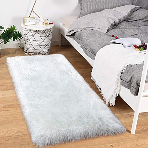 Noahas Luxury Fluffy Rugs Bedroom Furry Carpet Bedside Sheepskin Area Rugs Children Play Princess Room Decor Rug, 2.3ft x 5ft, White Mixed Silver Sequins