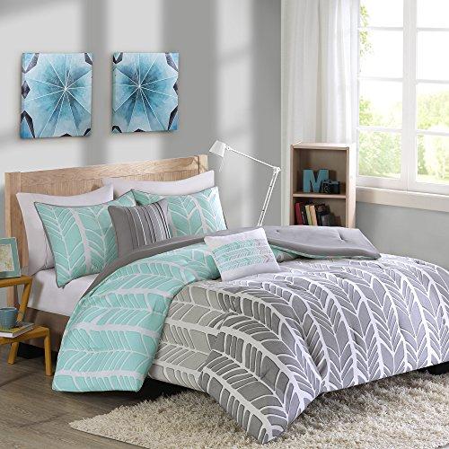 Intelligent Design ID10-748 Comforter Set, Full/Queen, Aqua