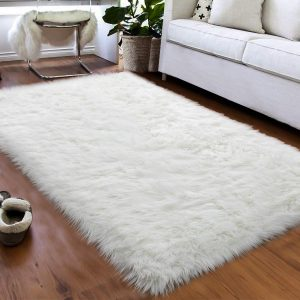 Softlife Faux Fur Sheepskin Area Rug Shaggy Wool Carpet for Bedroom Girls Living Room Home Decor (3ft x 5ft, White)